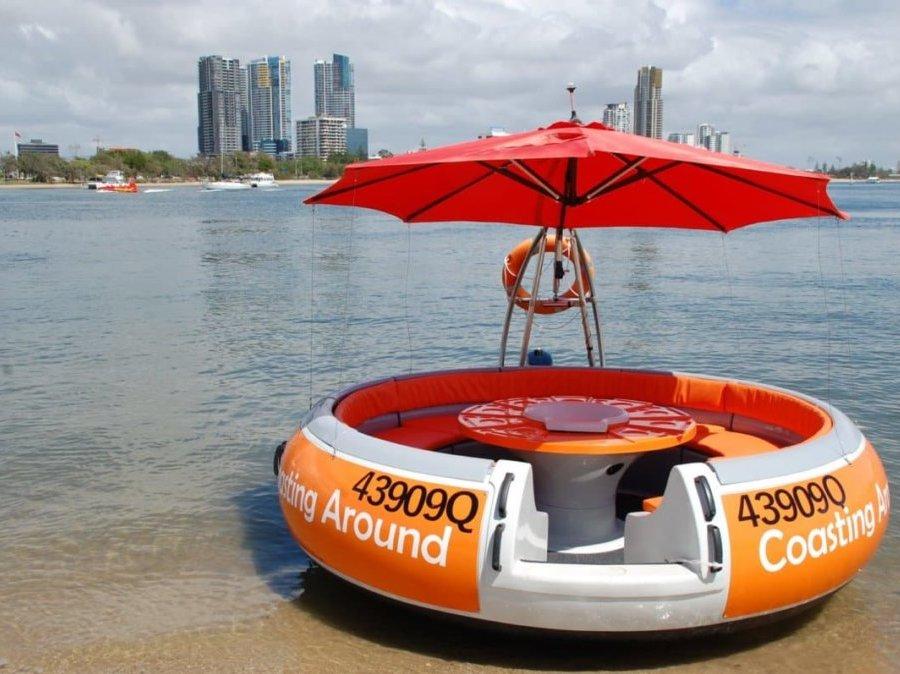 coasting around round boat